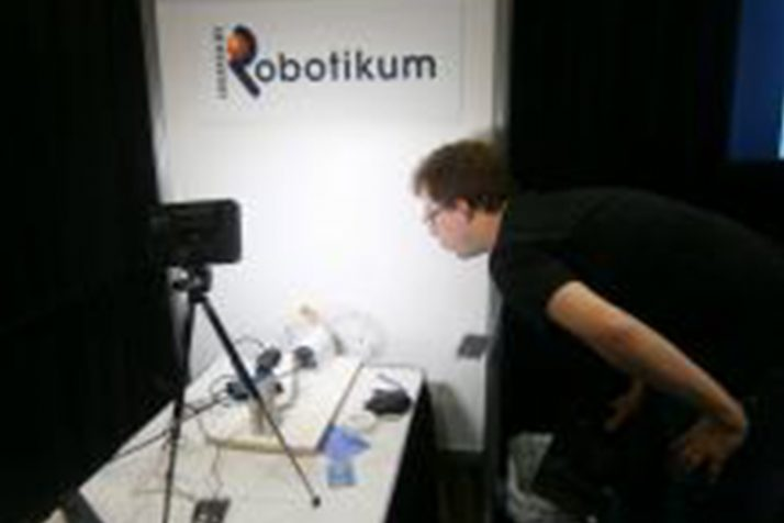 Единственная российская компания на крупнейшей конференции в сфере робототехники ICRA 2015 получила «серебро» за рабочий прототип робота «Бабочка»